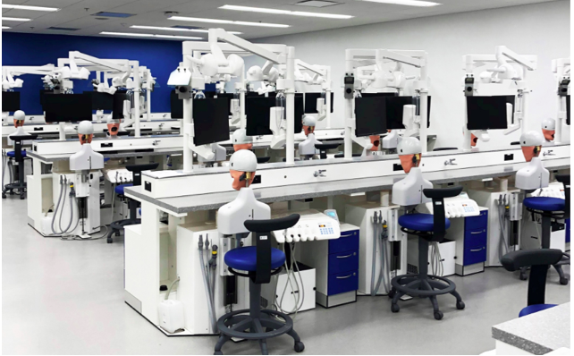 Dentsply Sirona instala simulador na Universidade do Missouri
